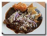 エンチラーダス・モーレ・ロホ エンチラーダのチョコソース