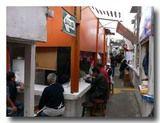 市場の食堂街