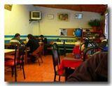 ペルー:プーノの大衆食堂の中