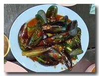 パット・ホーイマレーンプー ミドリイガイの炒め物