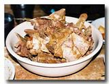 豚のあばら骨の山:カムジャタンの残骸