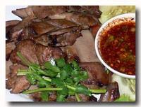 リン・ヤーン 豚タンの焼き物