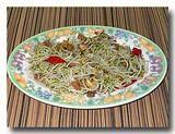 トォゲ・カー・イカン・アシン もやしと干し魚の炒め物