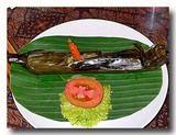 テロール・カカップ・ウォク・ダウン 鯛の卵のササ包み焼き まるごと
