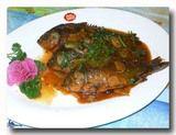 酱焖鲫鱼 ジャンメンジイユ フナの醤油煮