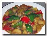 地三鮮 ピーマン、ジャガイモ、茄子の角切り炒め ジャカルタの俺の餃子