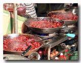 紅焼鶏肝 鶏肝の醤油煮を煮ているところ
