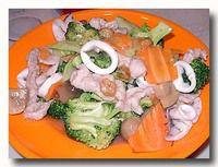 西兰花炒什 ブロッコリーの炒め物