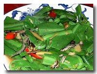 炒山蘇 シマオオタニワタリの炒め物