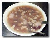 紅豆湯+花生湯 台湾風汁粉 見た目は地味