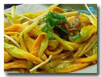 涼拌金針花 金針菜の和え物