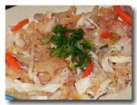 涼拌海蜇皮 クラゲの和え物