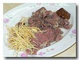 白片羊肉 茹でた羊のバラ肉 さら全体