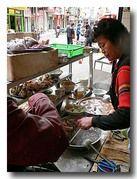 月華沙茶麺 のカウンター