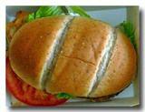 パン・コン・ペチューガ 鶏胸肉のグリルサンド