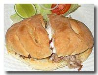 パン・コン・ピエルナ PAN CON PIERNA 豚すね肉のサンドイッチ