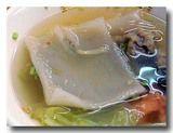 鼎辺趖/鐤邊趖 [台湾風ひもかわうどん]の麺が広がったところ