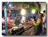 台東市の原住民族イベントであった石板猪肉を出す屋台
