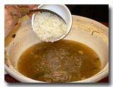 砂鍋鮭魚頭 [鮭の頭鍋] にご飯を投入!